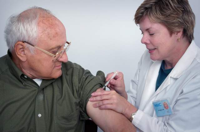 Українці перестають боятися коронавірусу