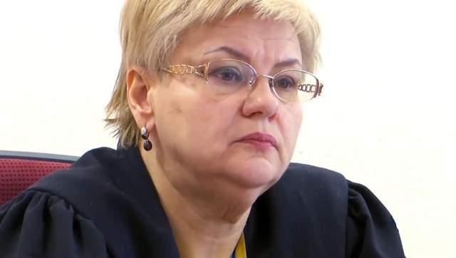 Лариса Іванова