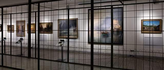 Картини родини Порошенків за ґратами
