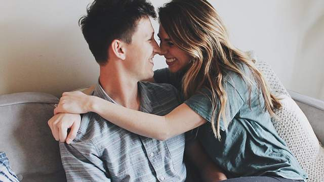 У здорових стосунках партнери приймають всі рішення спільно
