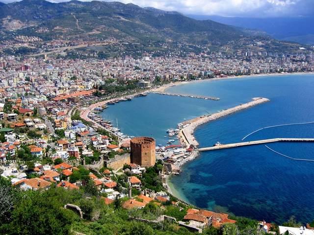 Туреччина чекає на туристів з початку липня