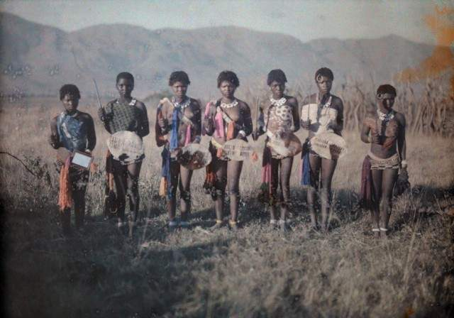 Танцівниці в Свазіленді (нині Королівство Есватіні), Африка