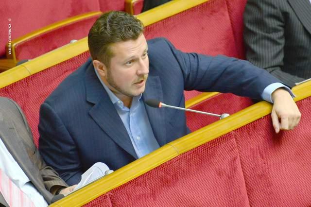 Депутат Антон Яценко