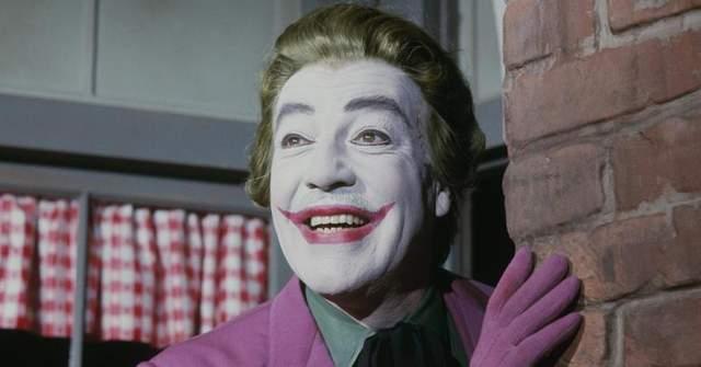 Сесар Ромеро в образі Джокера