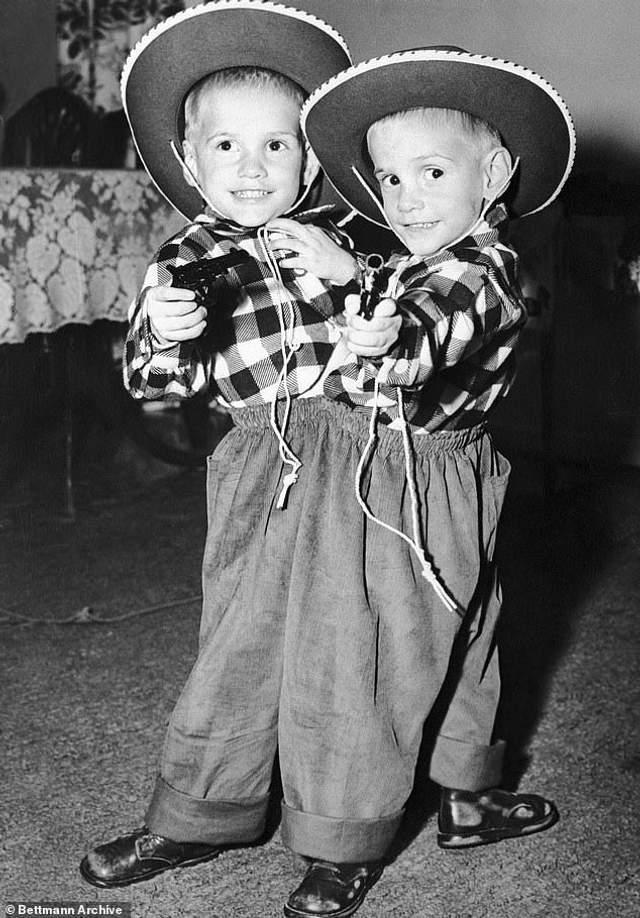 Ронні і Донні в дитинстві