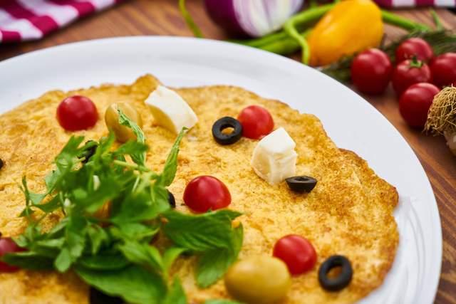 Рецепт яєчні з овочами
