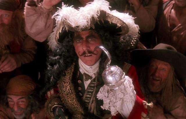 Джуд Лоу получил заманчивое предложение от Disney: какую роль предлагают актеру