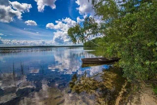 Озеро Пісочне здивує вас кришталево чистою водою