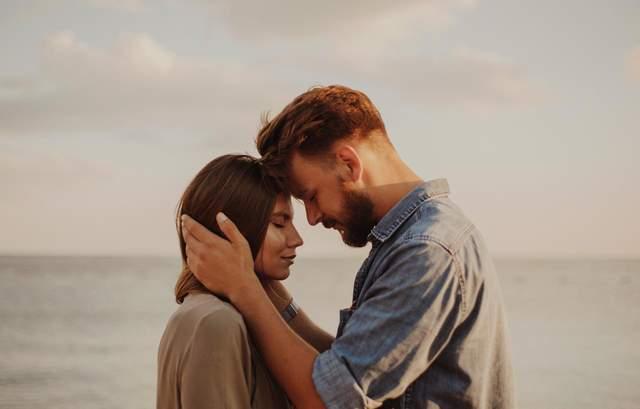 10 полезных привычек для пар, которые ежедневно укрепляют отношения