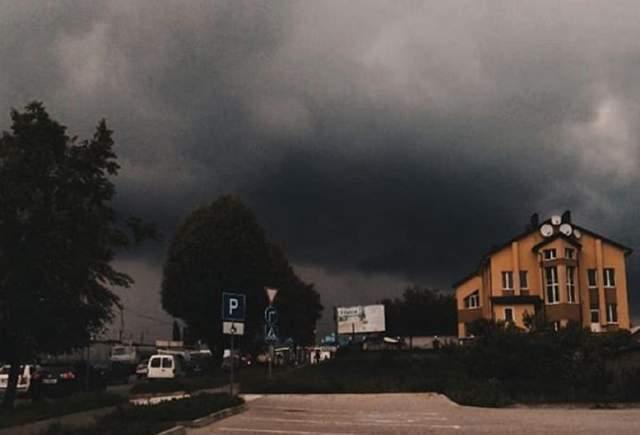 У Хмельницькому пройшла потужна злива