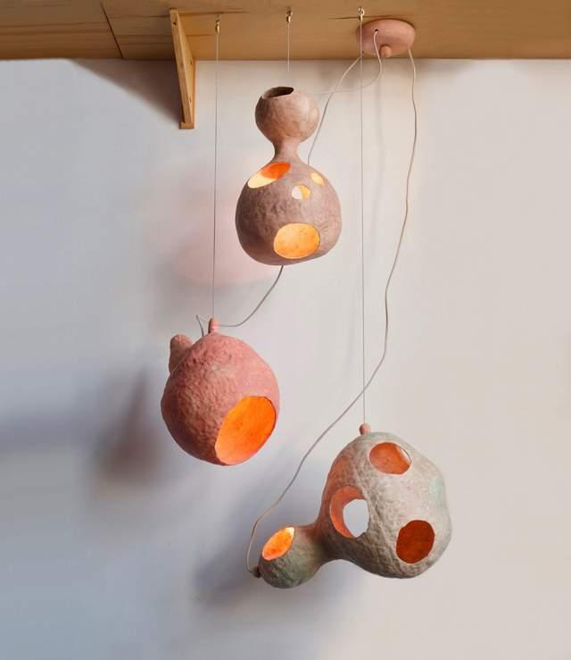 На перший погляд – світильники виглядають дивно / Фото Deezen