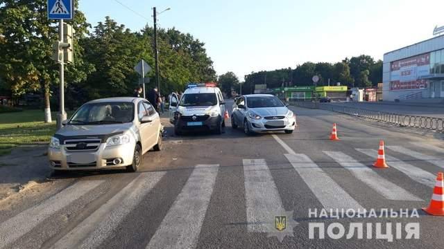 Происшествие во время преследования нарушителя: на Харьковщине полицейские попали в ДТП, – фото