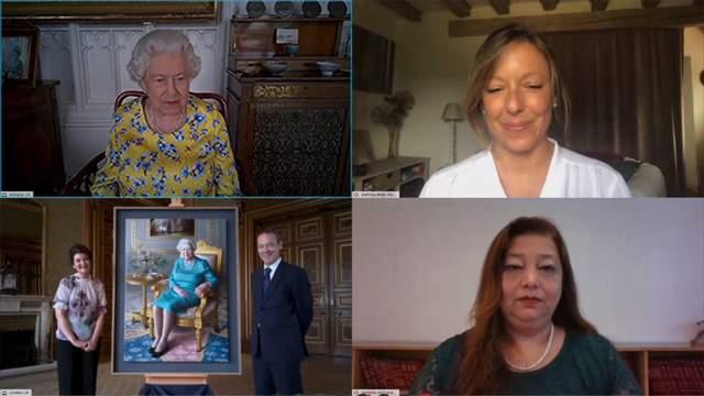 Королеве Елизавете II виртуально подарили ее портрет – фото, видео