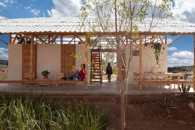 Традиционное жилище: в Мексике построили 'открытый' дом с гамаком – фото