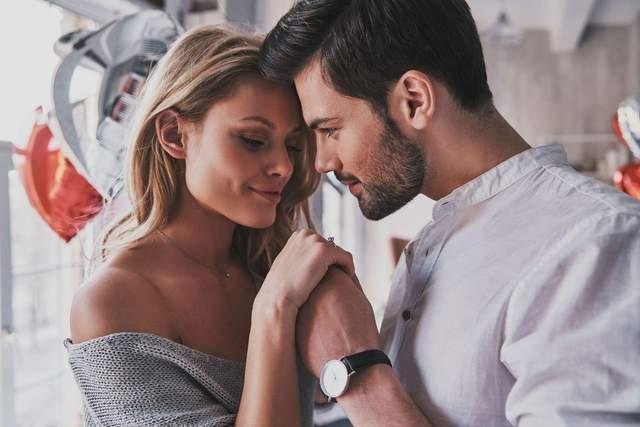 10 жіночих якостей, які приваблюють чоловіків на першій зустрічі та у довготривалих стосунках