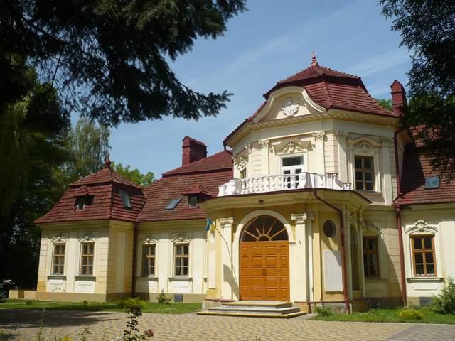 Палац Бруницьких: унікальна вілла неподалік Львова – історія та фото