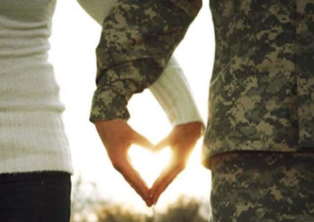 Любов на війні: три щасливі історії про стосунки українських пар