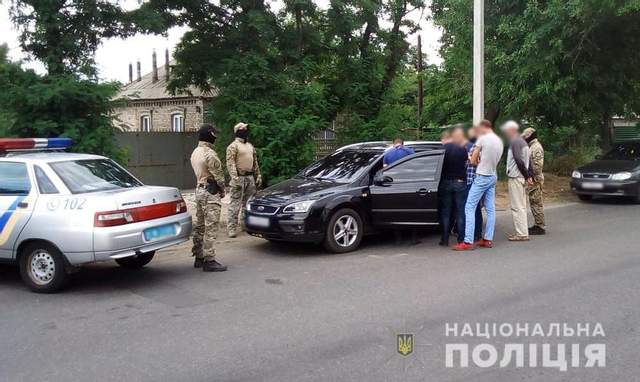 Вербовка, шифры, шантаж, угрозы и сверхприбыли: в Донецкой области разоблачили банду сутенеров