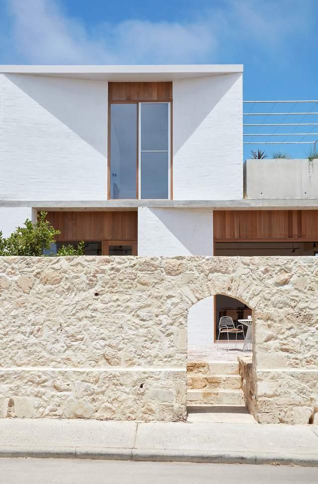 Яркий коттедж в средиземноморском стиле: фото дома из Австралии
