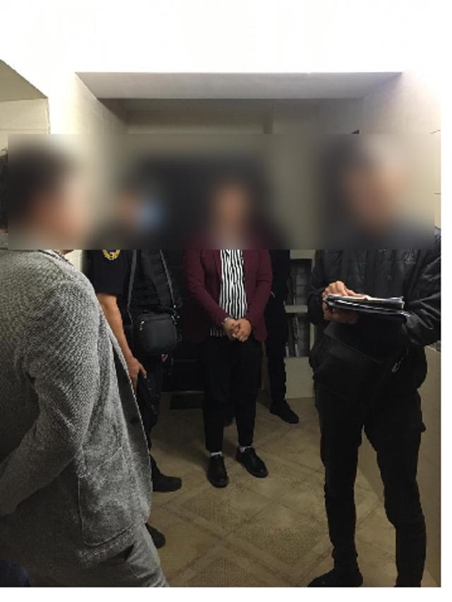 Обещал сводить в Макдональдс: полтавского фотографа подозревают в изнасиловании девочки