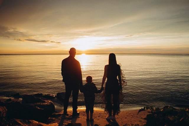 Юлія Саніна зі своєю сім'єю
