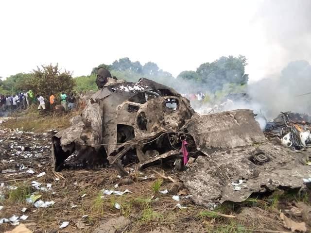 Упал самолет в Южном Судане: есть много погибших – фото, видео