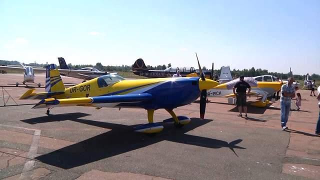 Фігури вищого пілотажу над Житомиром: у місті пройшло видовищне авіашоу – фото, відео