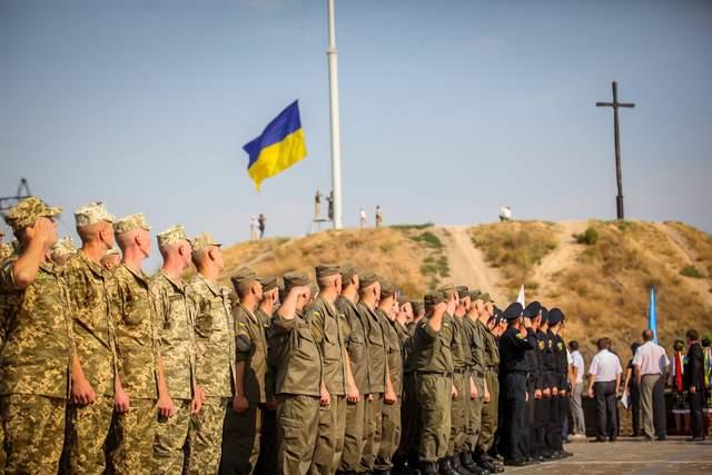 """""""Боротися за державу – це найвища честь"""": Міноборони та ЗСУ привітали з Днем Незалежності"""