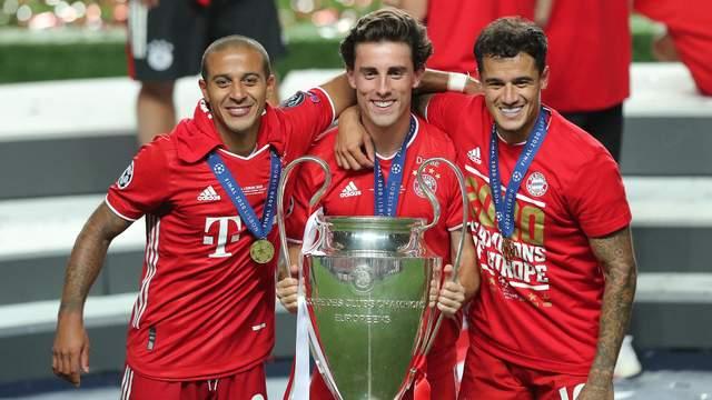 """Захисник """"Баварії"""" Одріосола виграв 5-й трофей за сезон, зігравши лише 10 матчів"""