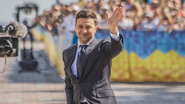 Зеленський записав ролик англійською: президент звернувся до світової спільноти