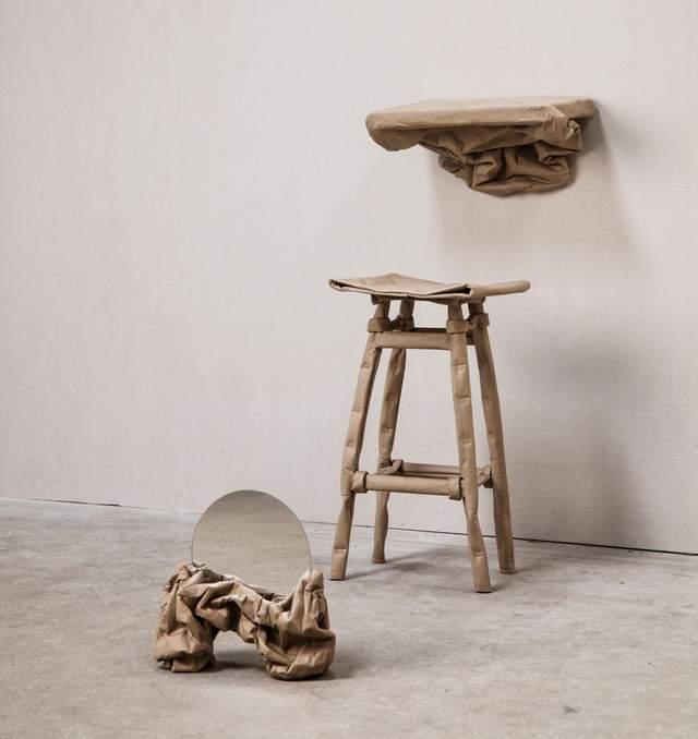 В Лондоне представили коллекцию мебели из обычной бумаги – фото