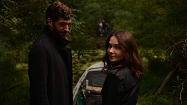 В Киеве возобновили съемки триллера с американским актером Омри Роузом: захватывающие кадры