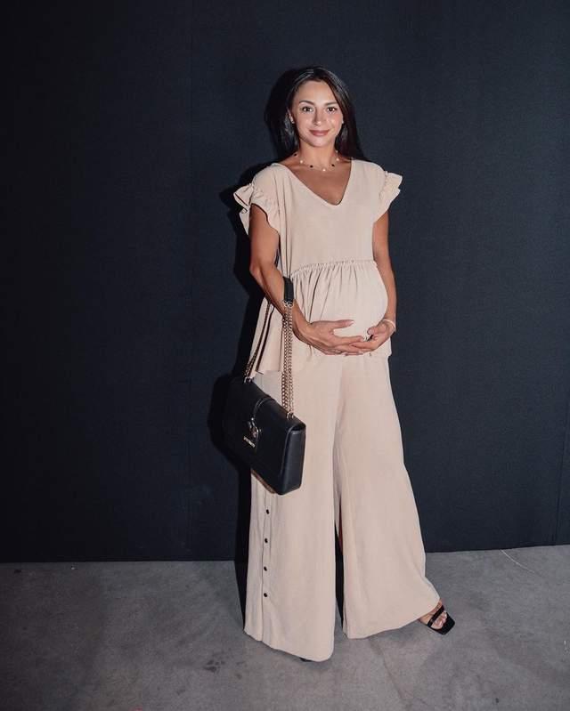 Ілона Гвоздьова у стильному костюмі на UFW