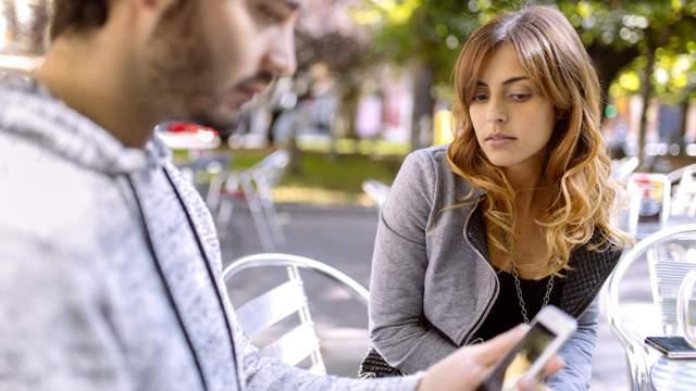 10 признаков того, что ваши отношения находятся на грани разрыва