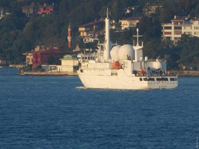 НАТО, розвідувальний корабель A-759 Dupuy de Lome, Чорне море, Франція
