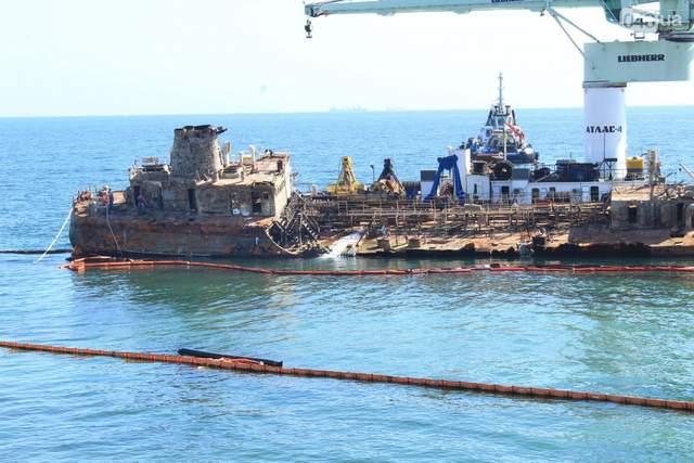 Підняття танкера Делфі
