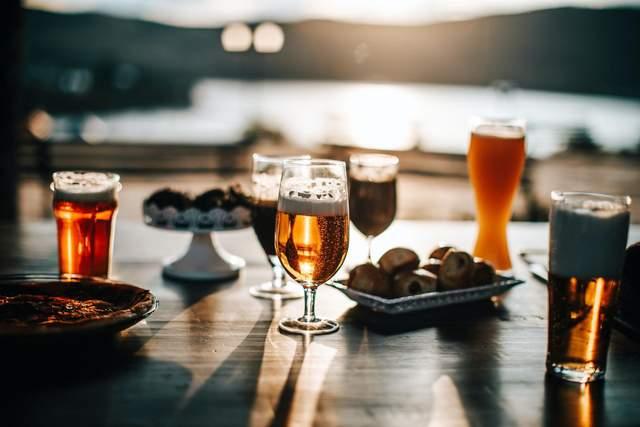 Алкоголь негативно впливає на мозок