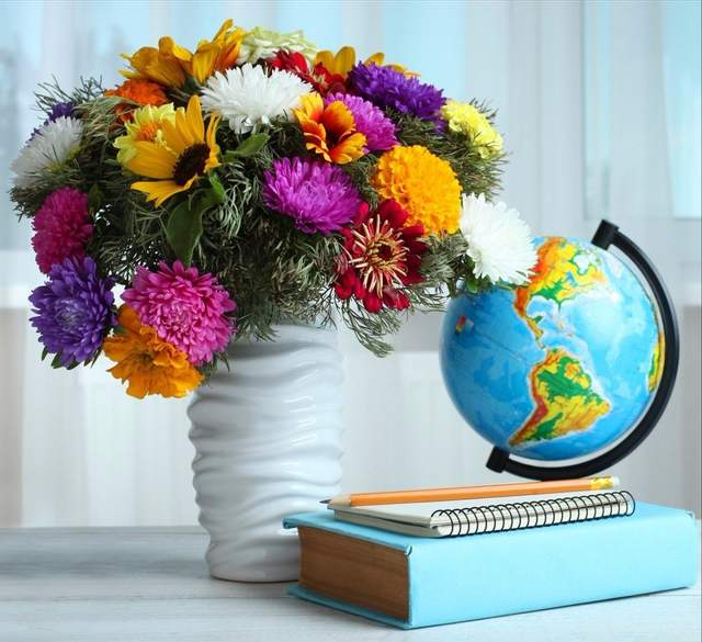 У 2020 році День вчителя відзначають 4 жовтня