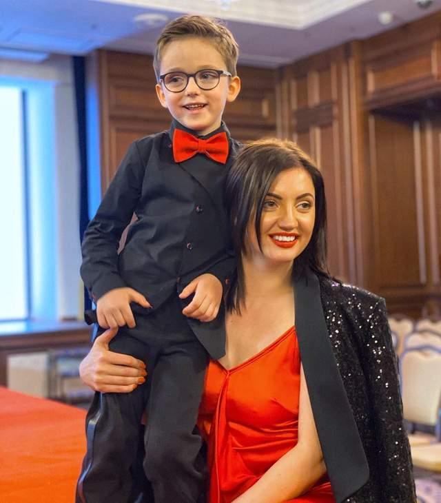 Оля Цибульська з сином