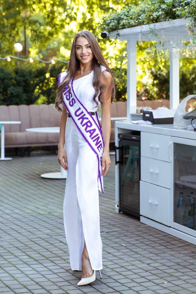В Киеве состоялся бранч с Мисс Украина Маргаритой Пашой: яркие фото