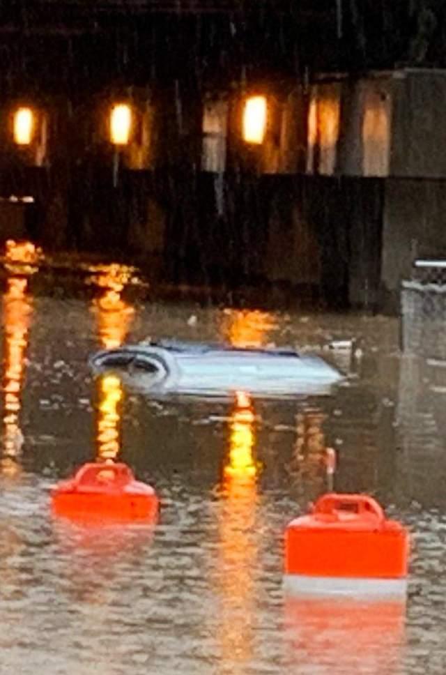 зливи у Вашингтоні
