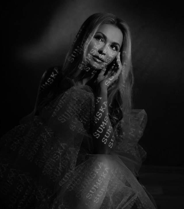 Ольга Сумская обнажилась в эротической съемке: фото 18+
