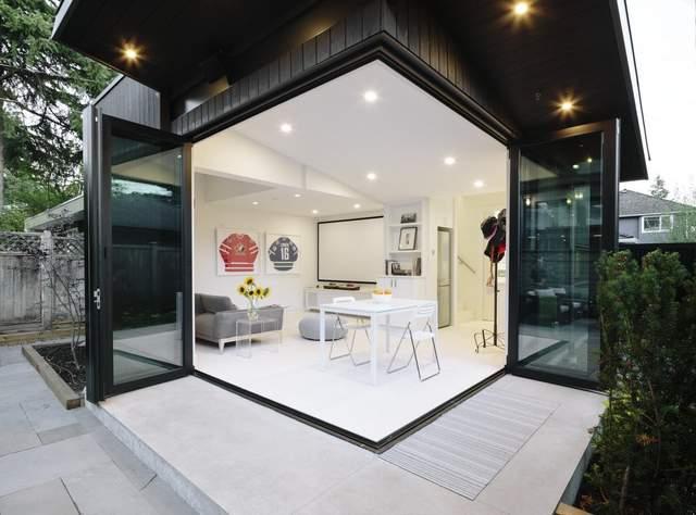 Вбудовані світильники економлять простір