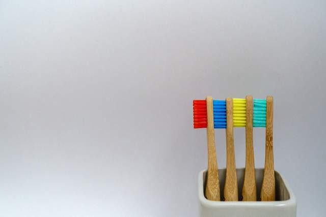 Зубні пасти не допомагають при чутливих зубах