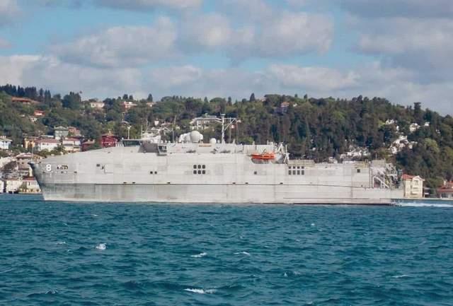 Американське десантне судно Yuma увійшло в Чорне море: фото