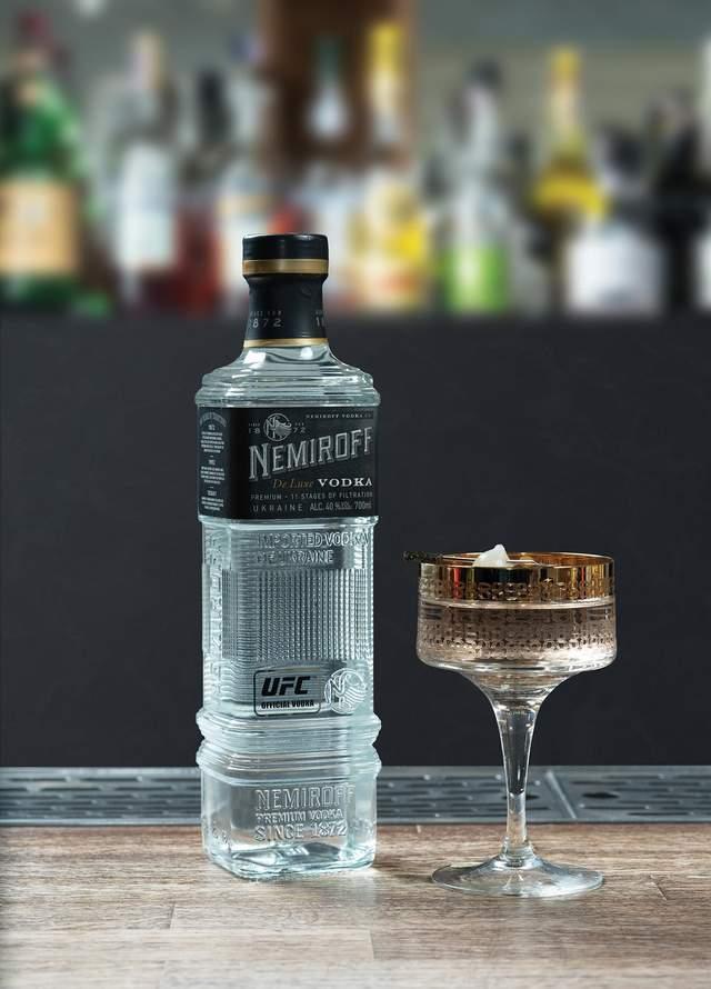 Крепкие коктейли для весёлой пятницы: попробуй себя в роли барMENa
