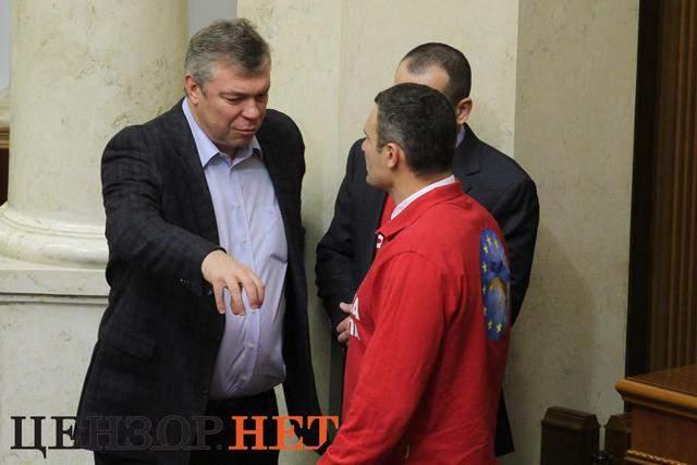 От депутатов – до президента: как звезды спорта попадают в политику в Украине и мире