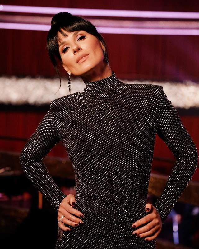 В блестящем платье: Маша Ефросинина поразила безупречным образом на'Танцах со звездами' – фото