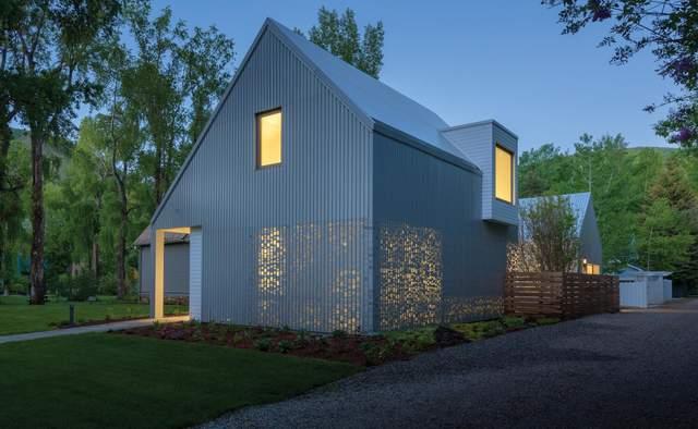 'Музыкальный' фасад: в США появился дом с дырявой фасадом – фото