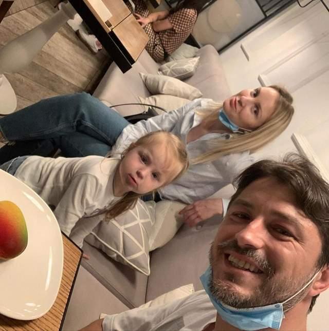 Сергій Притула з дружиною і донькою